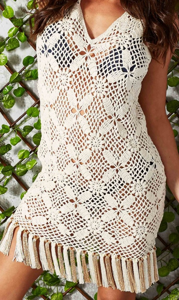 Tunic in crochet summer dress
