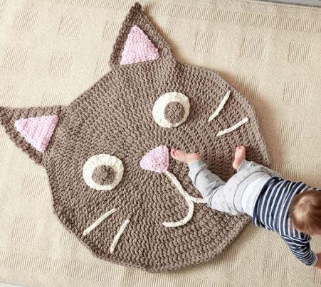 Step by step crochet carpet cat Purrrfect